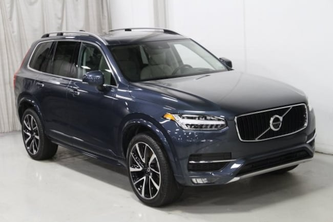 New 2019 Volvo XC90 T6 Momentum SUV V197064 in Des Moines, IA