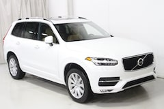 New 2019 Volvo XC90 T6 Momentum SUV V197067 in Des Moines, IA
