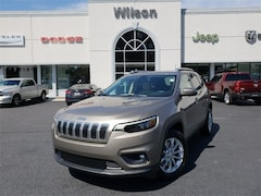 New 2019 Jeep Cherokee LATITUDE FWD Sport Utility for sale near Columbia, SC
