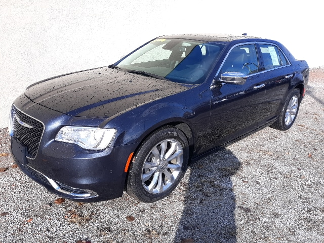 2018 Chrysler 300 Limited Sedan All-wheel Drive