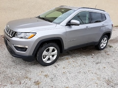New 2019 Jeep Compass LATITUDE 4X4 Sport Utility 1919 For sale in Clinton, IL