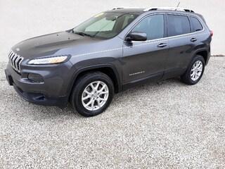 Used 2014 Jeep Cherokee Latitude 4x4 SUV 4x4 Automatic 1C4PJMCS3EW147398 For sale in Clinton, IL