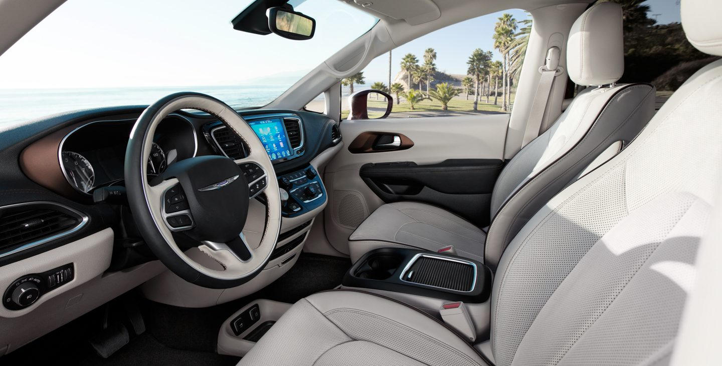 2017 Chrysler Pacifica Gallery Interior