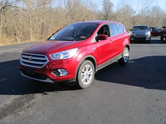 Used 2017 Ford Escape SE SUV in Whitehall, WV
