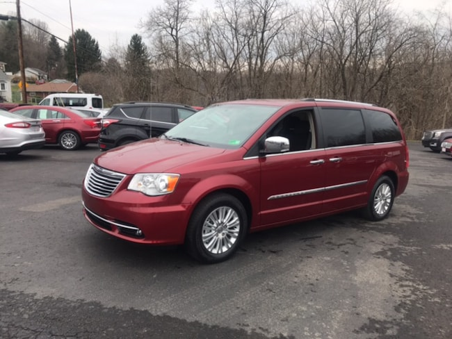 Used 2016 Chrysler Country Limited Passenger Van for sale in Whitehall WV