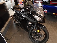 Used 2014 Kawasaki Ninja EX 300 AF car JKAEX8A11EA008644 for sale in Salem, OR
