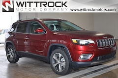 New 2019 Jeep Cherokee LIMITED 4X4 Sport Utility 19010J for sale in Carroll, IA
