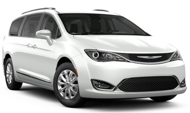 New 2019 Chrysler Pacifica TOURING L PLUS Passenger Van in Carroll, IA