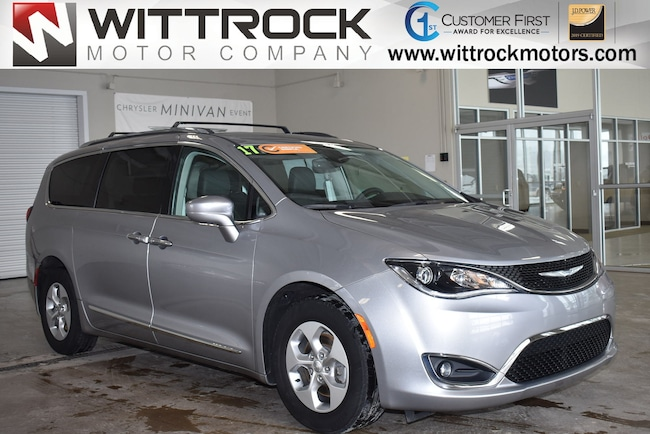 Certified Pre-Owned 2017 Chrysler Pacifica Touring-L Plus Van for-sale-in-Carroll