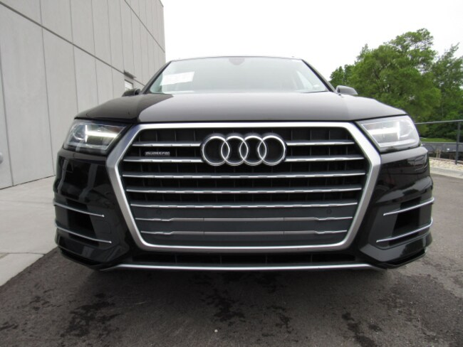 Used 2018 Audi Q7 For Sale at Land Rover Waukesha | VIN