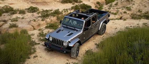 2020 Jeep Gladiator Specs Trim Levels Lease Finance Deals W K Cdjr