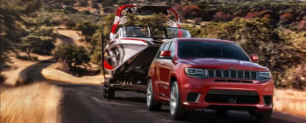 2020 Jeep Cherokee vs. Grand Cherokee: What Are the ...