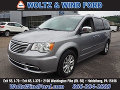 2016 Chrysler Town & Country Limited Platinum Van LWB Passenger Van 2C4RC1GG5GR222203