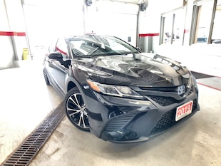 2018 Toyota Camry Hybrid SE|HY-BRID|SAFETY-SEN|GPS|ROOF|LEATHER|SAFETY-SEN|LIKE-NEW!! Sedan