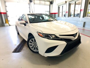 2018 Toyota Camry SE|GPS|ALLOYS|B-TOOTH|ALLOYS|H-SEATS|VERY-CLEAN Sedan