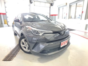 2018 Toyota C-HR XLE|ALLOYS|R-CAM|B-TOOTH|HEATED-SEATS|NEW-TIRES/BRAKES SUV