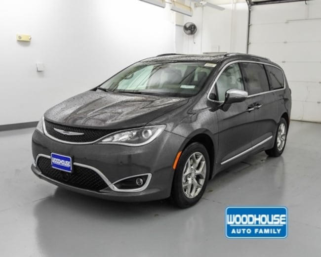 New 2019 Chrysler Pacifica LIMITED Passenger Van for sale in Blair, NE