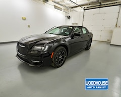 New 2019 Chrysler 300 S AWD Sedan 2C3CCAGG8KH619798 for sale in Blair, NE