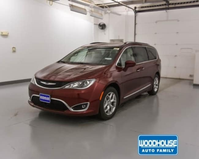 New 2019 Chrysler Pacifica TOURING L PLUS Passenger Van for sale in Blair, NE