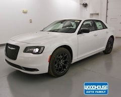New 2019 Chrysler 300 TOURING AWD Sedan 2C3CCARG0KH538341 for sale in Blair, NE