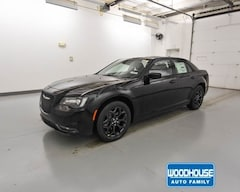New 2019 Chrysler 300 S AWD Sedan 2C3CCAGG4KH550642 for sale in Blair, NE