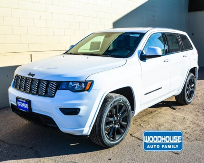 New 2019 Jeep Grand Cherokee ALTITUDE 4X4 Sport Utility in Sioux City