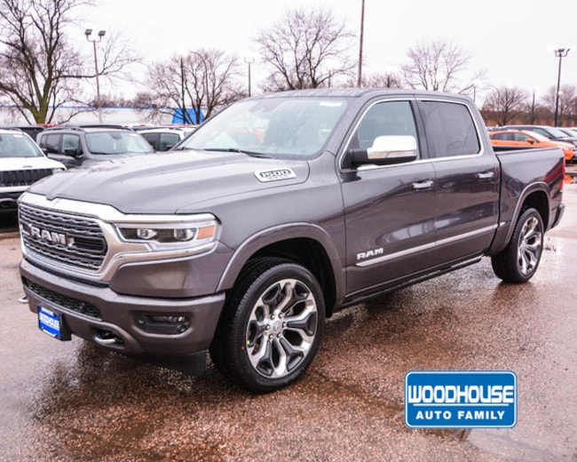 New 2019 Ram 1500 LIMITED CREW CAB 4X4 5'7 BOX Crew Cab in Sioux City