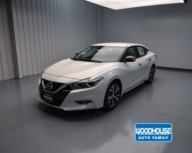 2018 Nissan Maxima SV Sedan