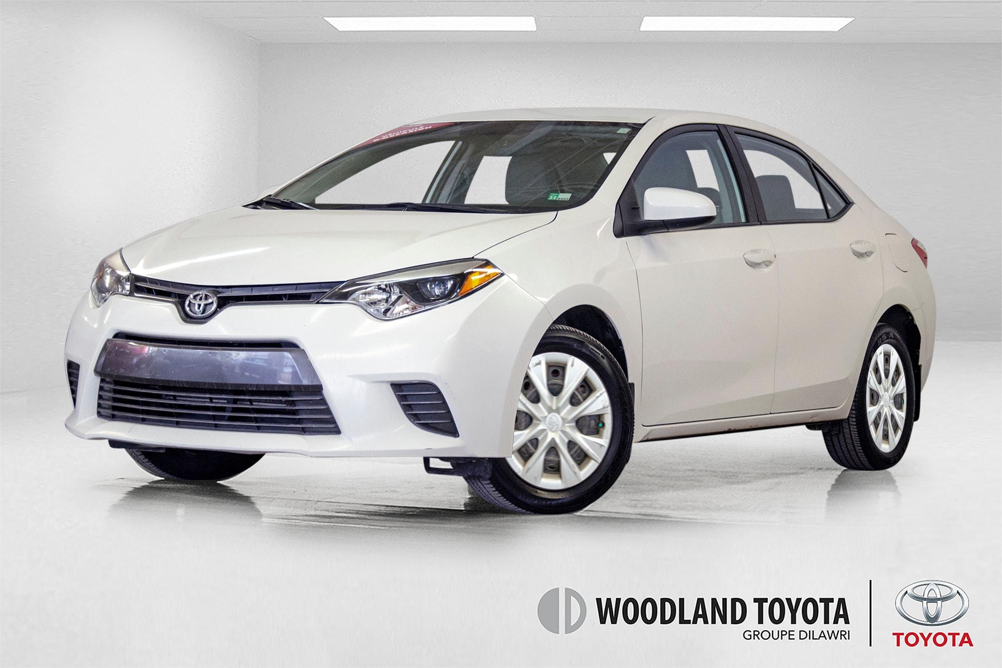 2016 Toyota Corolla LE / Caméra / Bluetooth / Sièges chauffants + Sedan