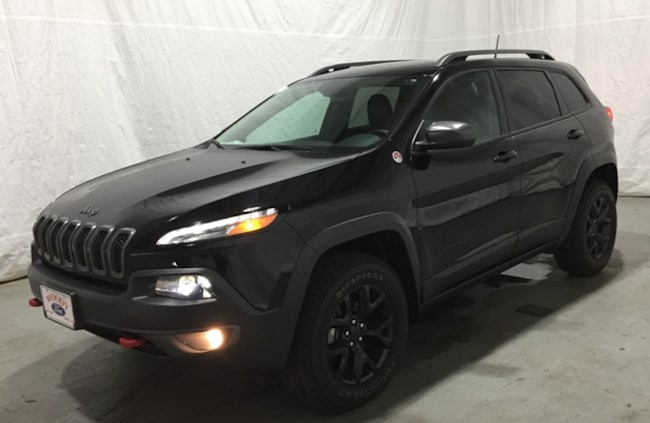 DYNAMIC_PREF_LABEL_AUTO_USED_DETAILS_INVENTORY_DETAIL1_ALTATTRIBUTEBEFORE 2017 Jeep Cherokee Trailhawk SUV DYNAMIC_PREF_LABEL_AUTO_USED_DETAILS_INVENTORY_DETAIL1_ALTATTRIBUTEAFTER