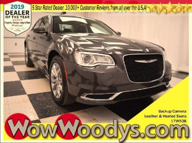 2017 Chrysler 300 LIMITED AWD Sedan