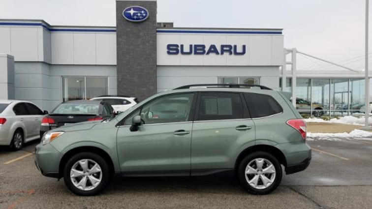 Used 2016 Subaru Forester 4dr CVT 2.5i Limited Pzev Sport Utility JF2SJARC1GH433347 in Savoy, IL
