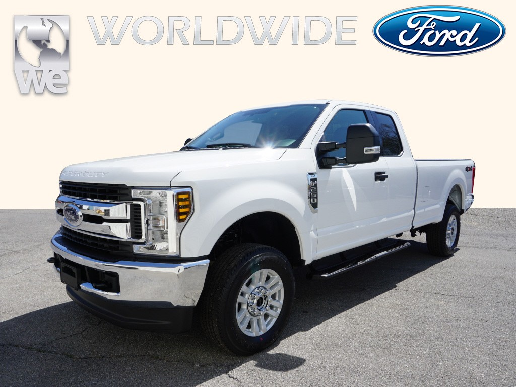 2019 Ford F-250 Super Duty XLT 4x4 XLT  SuperCab 6.8 ft. SB Pickup