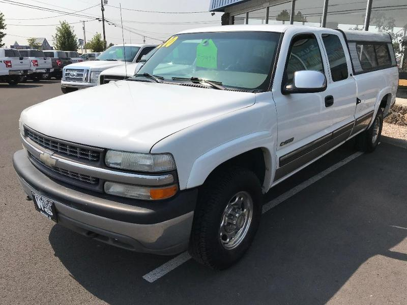 2000 Chevrolet Silverado 2500 LT Extended Cab Truck
