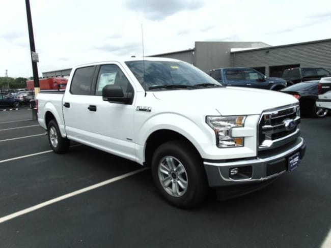 2017 Ford F-150 XLT SUPERCREW 4X2 STYLE