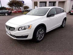 2017 Volvo V60 Cross Country T5 AWD Wagon For sale in Virginia Beach