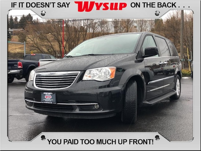 2016 Chrysler Town & Country Touring Van; Extended