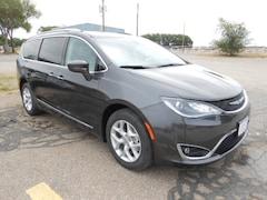 New 2018 Chrysler Pacifica TOURING L Passenger Van 2C4RC1BG5JR237248 in Dalhart, TX