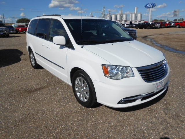 Featured Used 2015 Chrysler Town & Country Touring Van for sale in Dalhart, TX