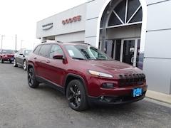 2018 Jeep Cherokee LATITUDE FWD Sport Utility For Sale in Seguin, TX