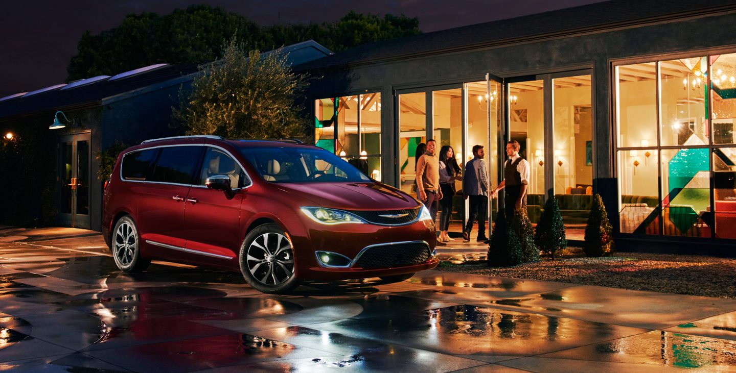 2018 Chrysler Pacifica Red Exterior Front Night