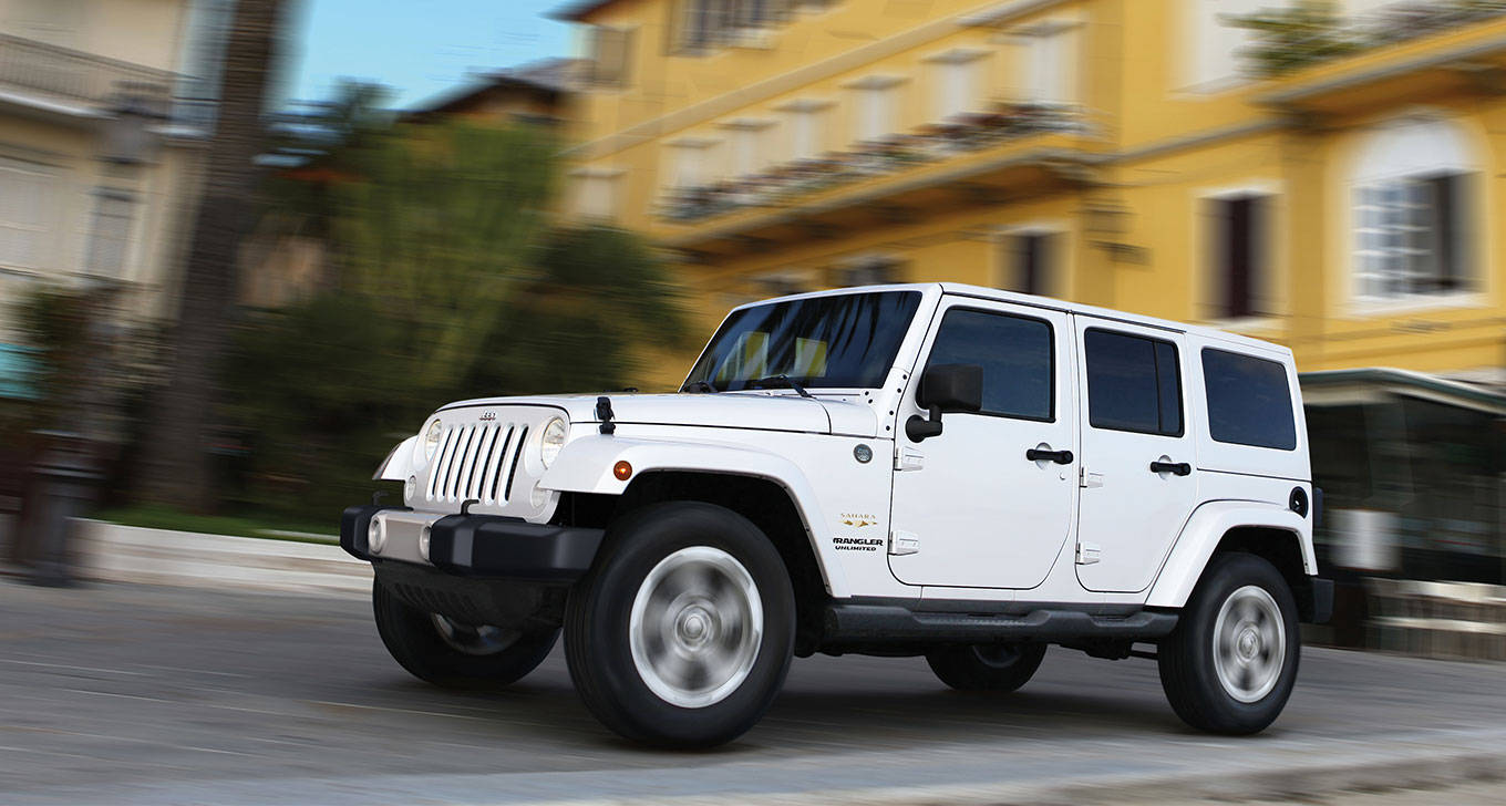 2015 Jeep Wrangler Unlimited in White