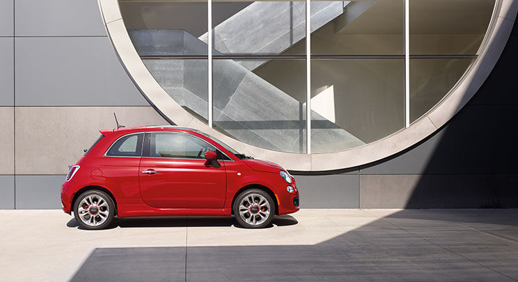 2016 Fiat 500 Side Exterior Red
