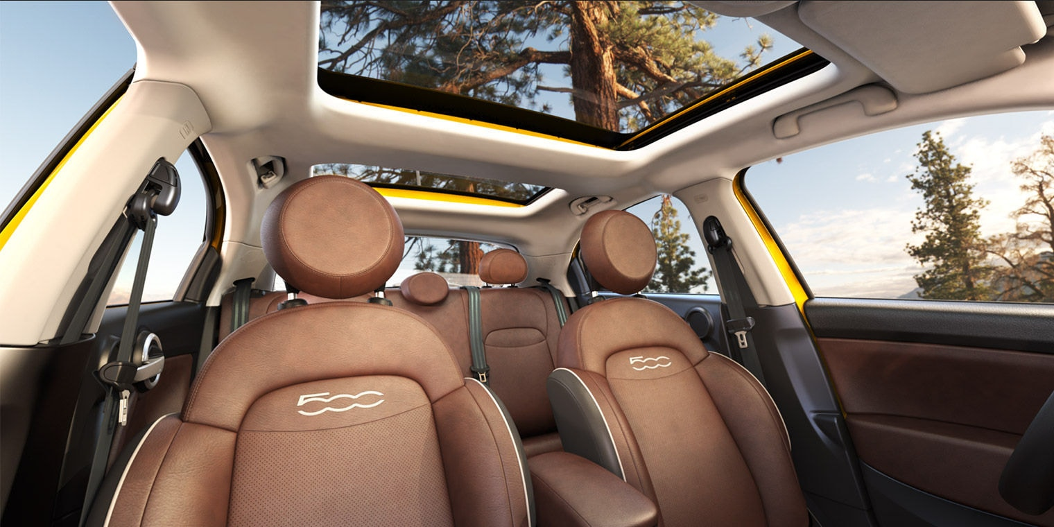 Brown Leather interior in the 2016 FIAT 500X