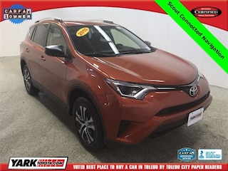 Certified Pre-Owned 2016 Toyota RAV4 LE SUV in Maumee, OH