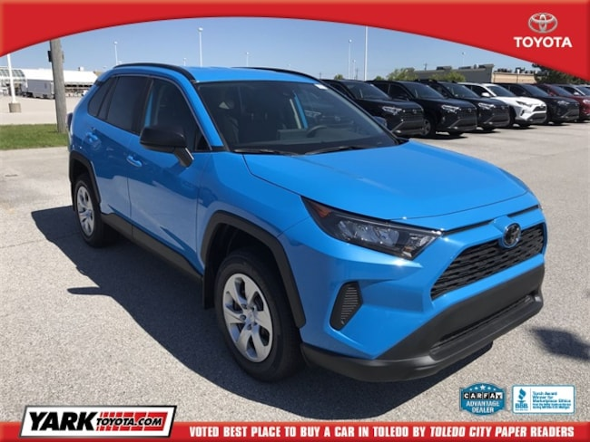 New 2019 Toyota RAV4 LE SUV in Maumee, OH