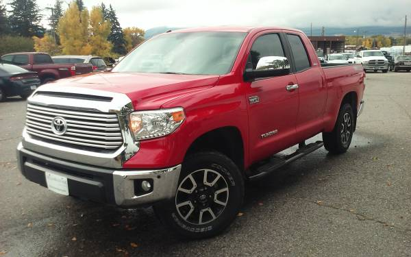 2015 Toyota Tundra Limited Truck Double Cab V-8 cyl
