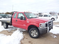 2005 Ford F-350 Chassis Cab XL Chassis Truck