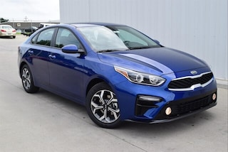 New 2019 Kia Forte LXS Sedan in Springfield, MO