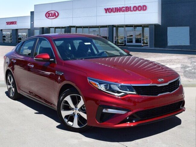 New 2019 Kia Optima S Sedan in Springfield, MO